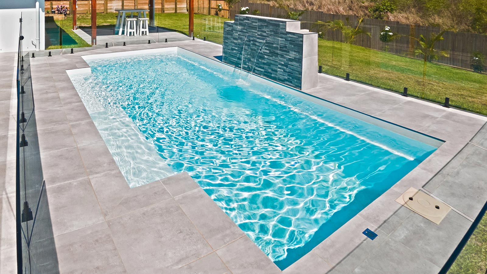Leisure Pools Shimmer White Gelcoat Colour Hero